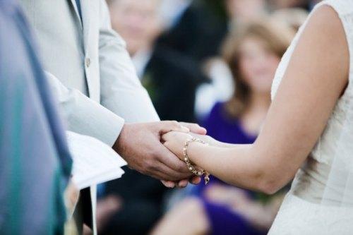 wedding-ceremony-handholding