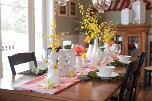 Centerpiece with Modern White Vases