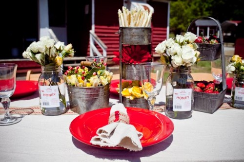 Red and White Farm Tabletop