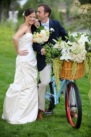 Vintage-Bicycle-with-Flower-Basket
