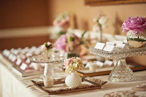 Vintage Wedding Ideas Escort Card Table