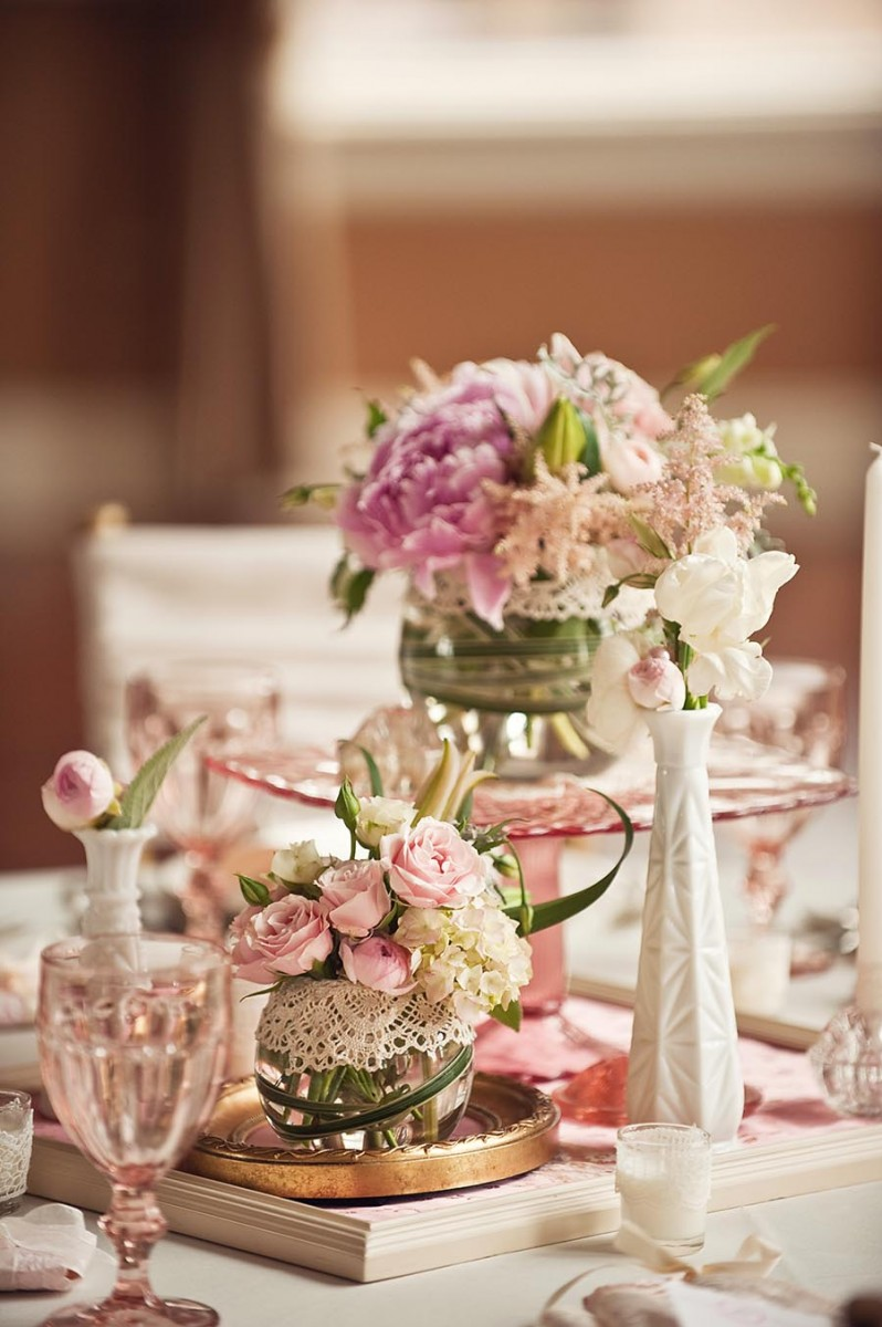 Vintage Wedding Ideas Milk Glass and Depression Glass Centerpieces ...