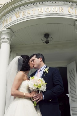 Westmoor Club Nantucket Beach Wedding Zofia Photography (9)