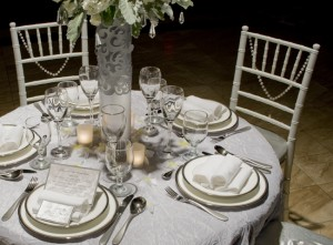 White-and-Silver-Winter-Wedding