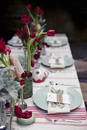 Blue and Red Summer Tabletop