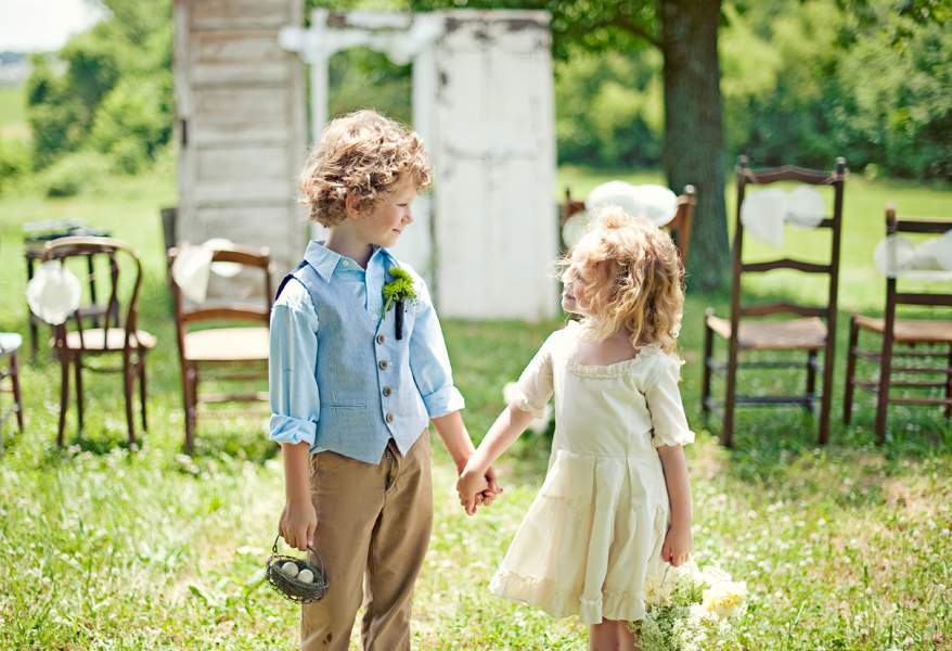 Wedding Gifts For Young Couples: Country Rustic Wedding Ideas Flower Girl Ring Bearer