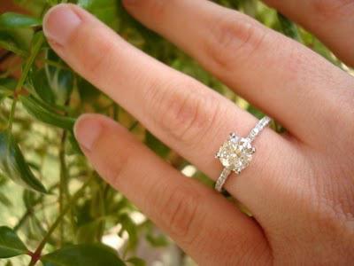 Engagement-Ring-Jana