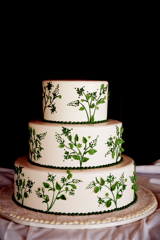 Green And White Wedding Cake Honeymoon Sweets Elizabeth Anne Designs The W