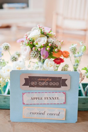 Lovely-A-Bake-Shop-Chicago-Weddings-Melissa-Hayes-Photography-7