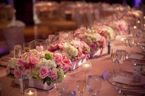 Low-Centerpieces-Estate-Seating
