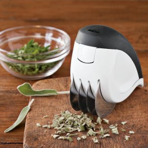 OXO-Rolling-Herb-Mincer