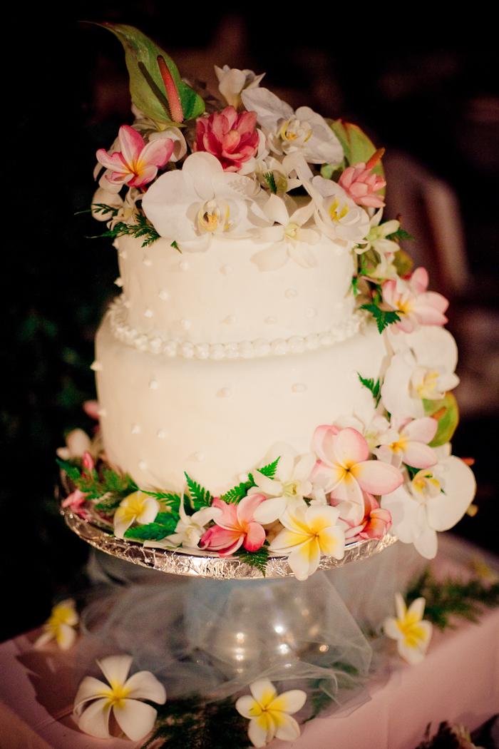 wedding cake with tropical flowers   elizabeth anne