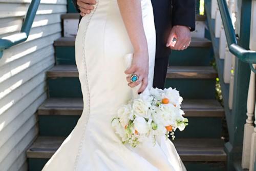 White-and-Orange-Bouquet