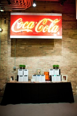 cocktail hour escort card table
