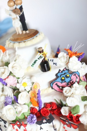 Alice-in-Wonderland-Wedding-Cake