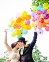 Bride-and-Groom-with-Balloons