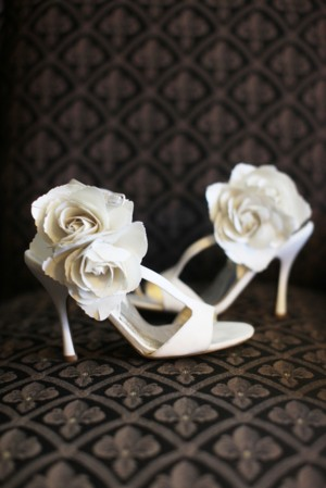Fabric-Flower-Shoe-Decor