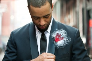Feather-Boutonniere