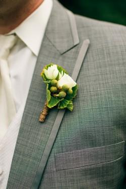 Green-Leaf-Boutonniere