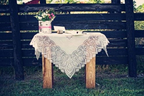 Lace-Covered-Guestbook-Table