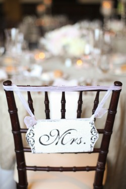 Mr-and-Mrs-Chair-Sign