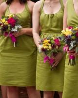 Multicolored-Bridesmaids-Bouquets