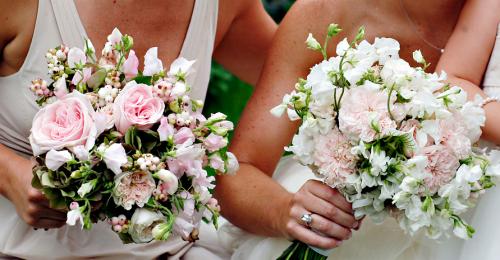 Pink-Bridesmaid-Bouquets