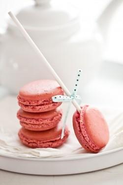 Pink-Macarons1