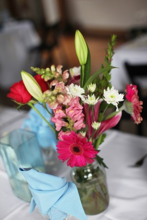 Pink-and-Green-Wildflower-Centerpiece