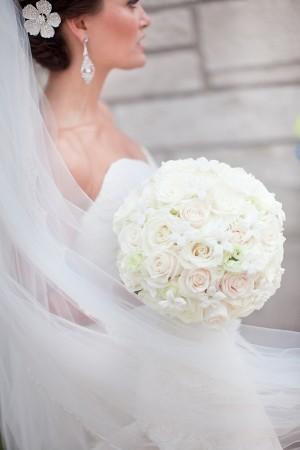 Pure-White-Wedding-Bouquet
