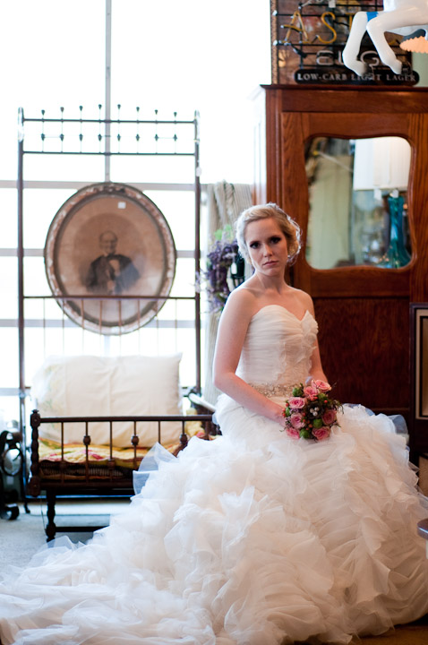 Southern-Vintage-Inspired-Bridal-Inspiration-Shoot-02