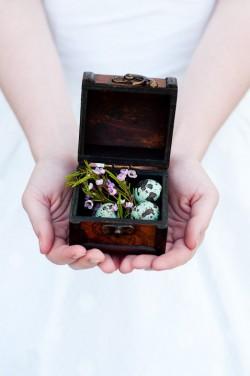 Southern-Vintage-Inspired-Bridal-Inspiration-Shoot-12
