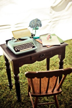 Typewriter-Desk-Guest-Book