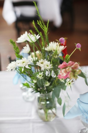 White-Daisy-Centerpiece