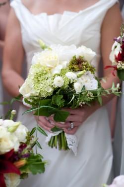 White-Hydrangea-Garden-Bouquet