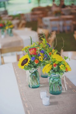 Wildflower-Centerpieces-in-Blue-Mason-Jars