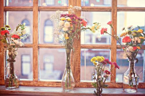 Wildflowers-in-Glass-Vases