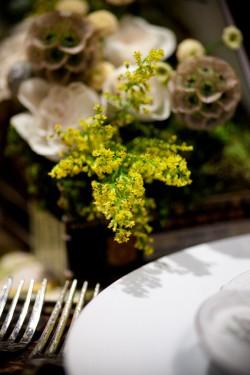 Elegant-Brown-Yellow-Green-Table-Ideas-14