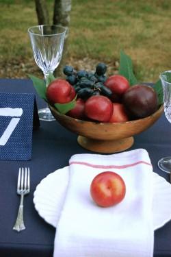 Fall-Outdoor-Dining-Entertaining-Ideas-09