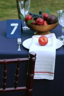 Fall-Outdoor-Dining-Entertaining-Ideas-10