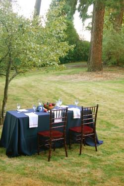 Fall-Outdoor-Dining-Entertaining-Ideas-25