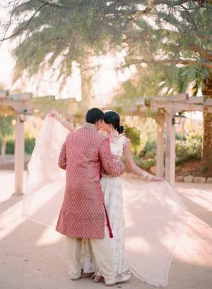Indian-Wedding-Attire-Elizabeth-Messina-01