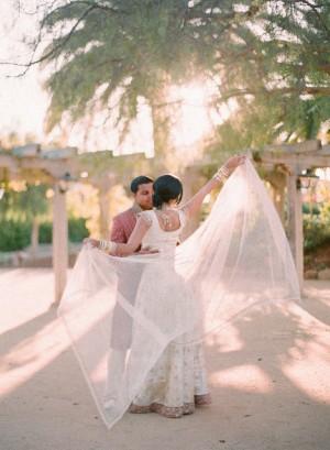 Indian-Wedding-Attire-Elizabeth-Messina-02