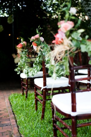 Ivy-and-Peach-Rose-Chair-Bouquet