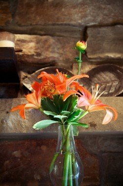 Orange-Lily-Centerpiece