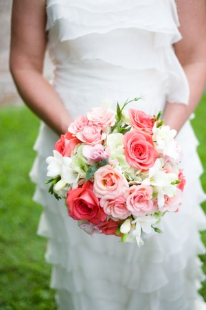 Peach-and-Pink-Rose-Traditional-Bouquet