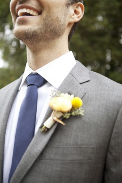 Ranunculus-and-Billy-Ball-Boutonniere