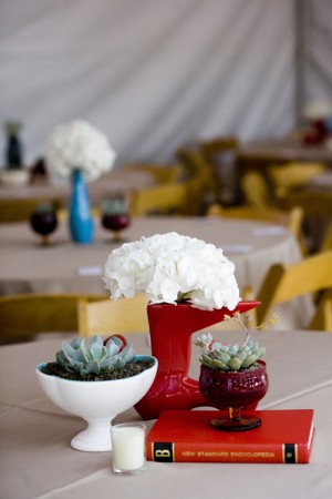 Red-and-White-Centerpiece