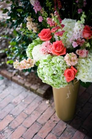 Rose-and-Hydrangea-Bucket-Arrangement