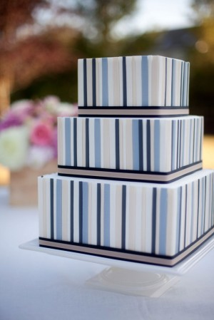 Square-Striped-Wedding-Cake